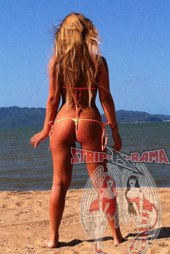 melbourne strippers alexandra at beach